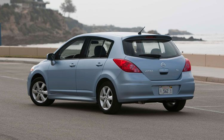 2011 nissan versa rear left 2011 Nissan Versa Sedan   Reviews, Photos, Specifications, Price