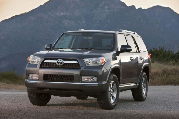 2011 toyota 4runner1 2011 Toyota 4Runner   Specifications, Pictures, Price, Reviews