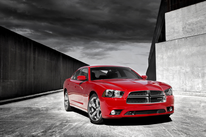 2011 dodge charger f34 thumb 717x477 2011 Dodge Charger RT   Photos, Price, Specifications, Reviews