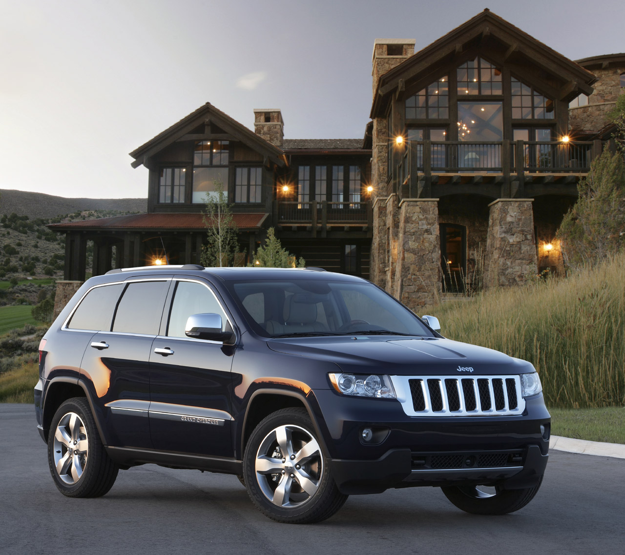 2012 jeep grand cherokee srt8 price photos. Black Bedroom Furniture Sets. Home Design Ideas