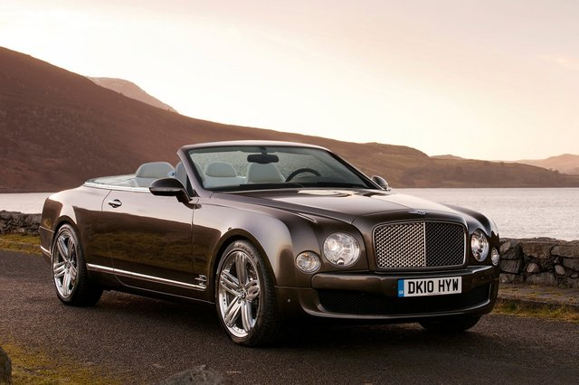 2012 azure jpg 640x480 upscale q85 2012 Bentley Azure   Price, Photos, Specifications, Reviews