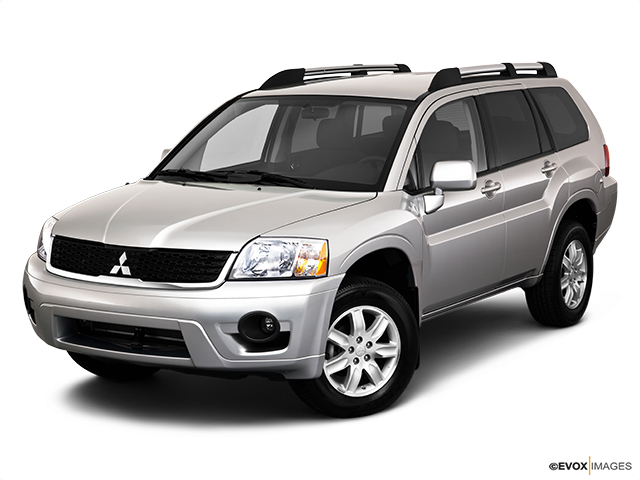 6175 st0640 046 2011 Mitsubishi Endeavor SE SUV   Photos, Price, Specifications, Reviews