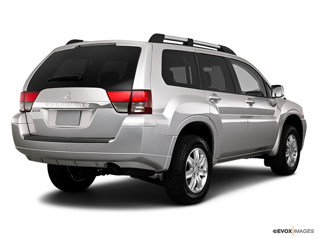 6175 st0640 048 2011 Mitsubishi Endeavor SE SUV   Photos, Price, Specifications, Reviews