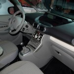 Citroen C3 Picasso BLACKCHERRY (4)