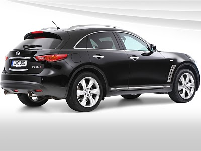 Infiniti FX30d S 2011 06 2011 Infiniti FX30d S   Photos, Price, Specifications, Reviews