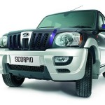 2011-Mahindra_Scorpio_refreshed_dark_blue