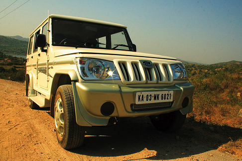 New Bolero SUV 2011 2011 Mahindra Bolero   Photos, Price, Specifications, Reviews