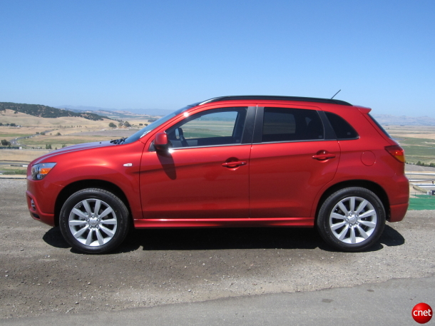 OutlanderSport SS04 610x457 2011 Mitsubishi Outlander Sport   Photos, Price, Specifications, Reviews