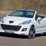 Peugeot 207 CC Black and White 2 150x150 2011 Peugeot 207 CC   Photos, Price, Reviews, Specifications