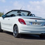 Peugeot 207 CC Black and White 3 150x150 2011 Peugeot 207 CC   Photos, Price, Reviews, Specifications