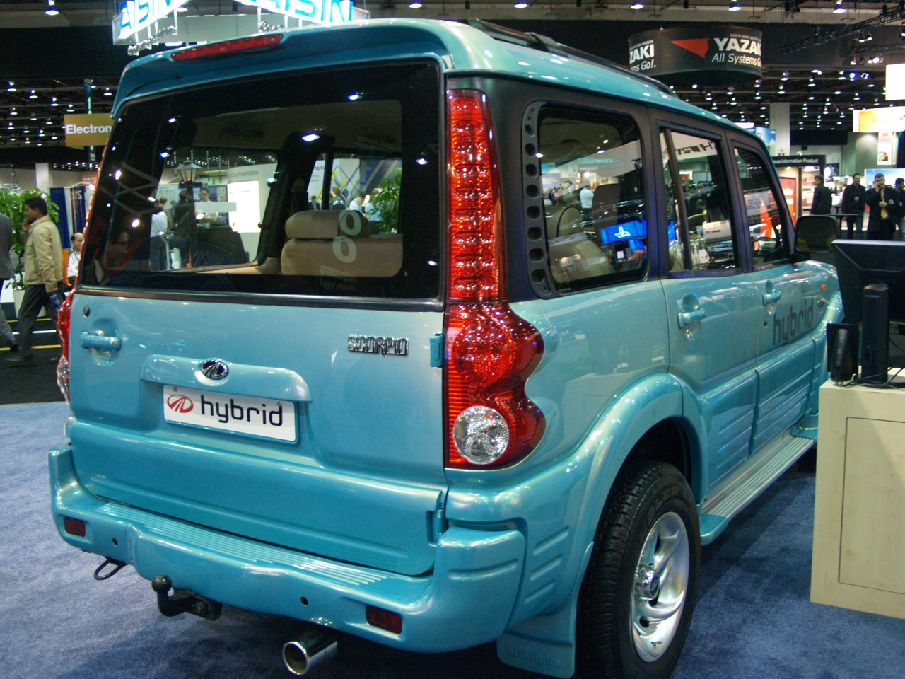 2011 Mahindra Scorpio Photos Specifications Reviews