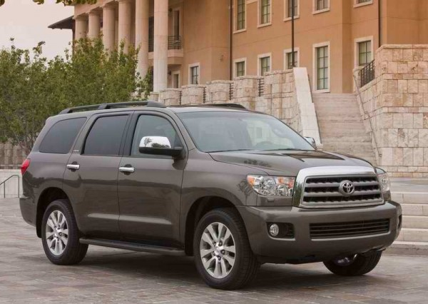 Toyota Sequoia 2011 stylesauto 07 600x426 2011 Toyota Sequoia   photos, Price, Reviews, Specifications