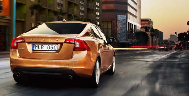Volvo S60 2011 2011 Volvo S60 Sedan  Photos,Price,Specifications,Reviews