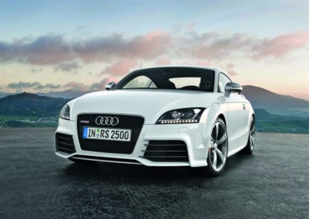 audi tt rs 100321557 m 2012 Audi TT RS   Reviews, Price, Photos, Specifications