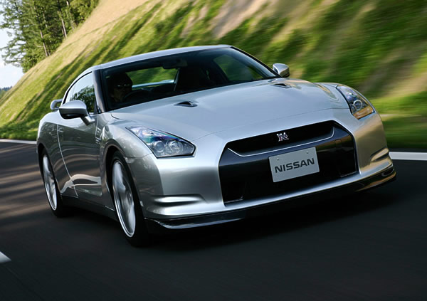 gtr 2012 Nissan GT R   Photos, Price, Specifications, Reviews