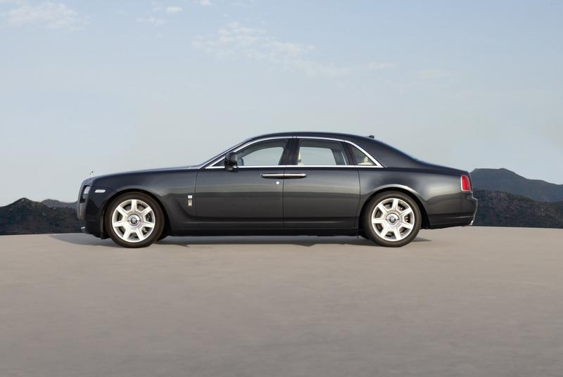 p90051023 highres w800 2011 Rolls Royce Ghost  Photos,Price,Specifications,Reviews