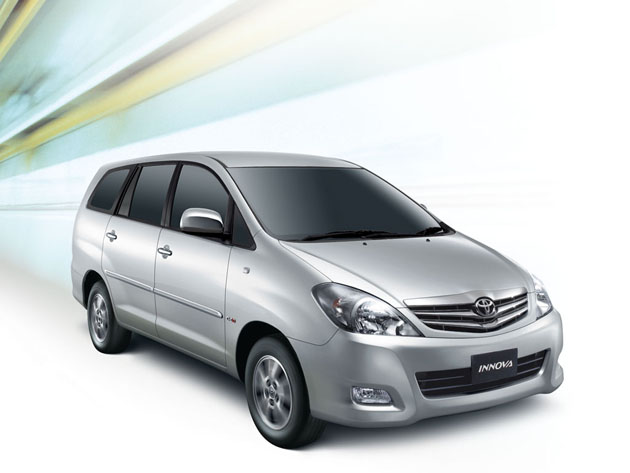 refreshed toyota innova india 11 Special Toyota Innova 2011, with great features