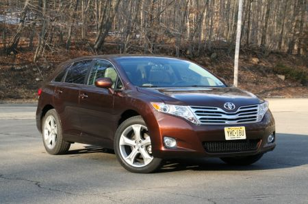 review toyota venza is one surprisingly slick wagonoid 2 2011 Venza from Toyota