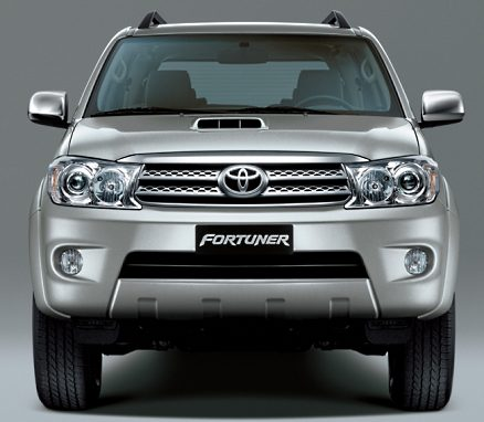 toyota fortuner india front 2012 Toyota Fortuner Reviews