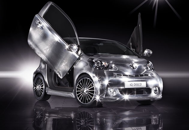 web toyota iq disco concept 15 2011 Toyota iQ Disco   Photos, Price, Specifications, Reviews