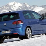2011_Volkswagen_Golf_R