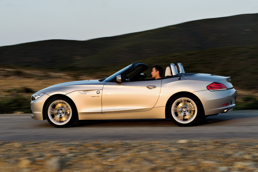 2011 Bmw Z4 Features Photos Reviews Price