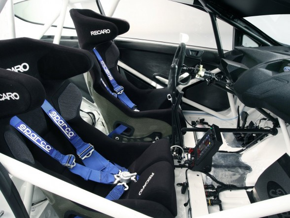 2011 Ford Fiesta RS WRC Interior View 588x441 2011 Ford Fiesta RS WRC   Features, Photos
