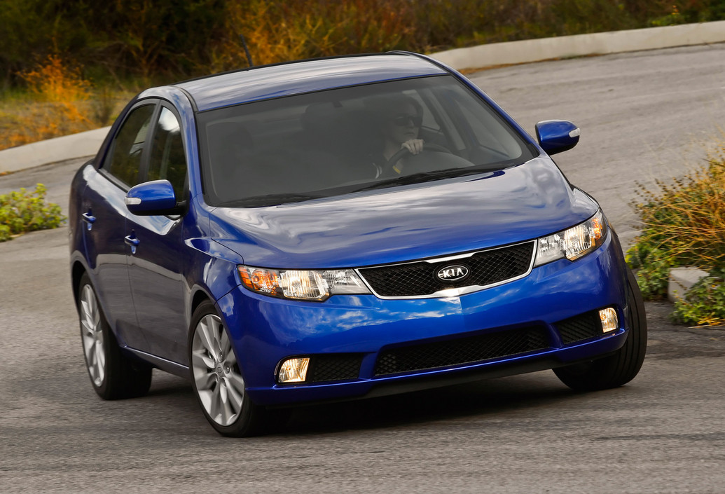 2011 kia forte specifications reviews price photos. Black Bedroom Furniture Sets. Home Design Ideas