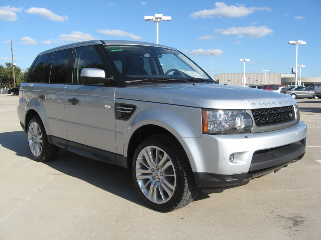 2011 Land Rover Range Rover Sport 26046601 878 2011 Land Rover Sport   Features, Photos, Price