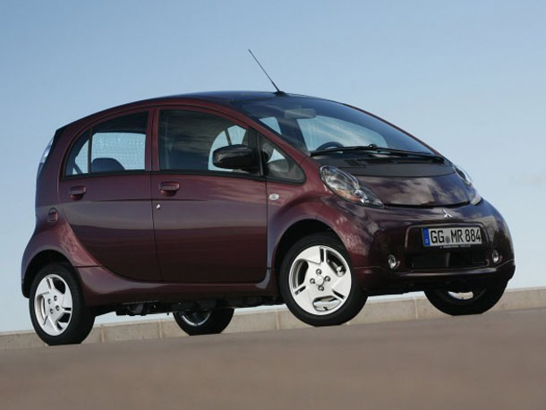 2011 mitsubishi i miev photos reviews features price. Black Bedroom Furniture Sets. Home Design Ideas