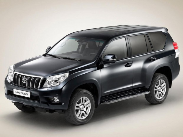 2011 Toyota Land Cruiser 620x465 2011 Toyota Land Cruiser   Reviews, Photos, Price, Specifications