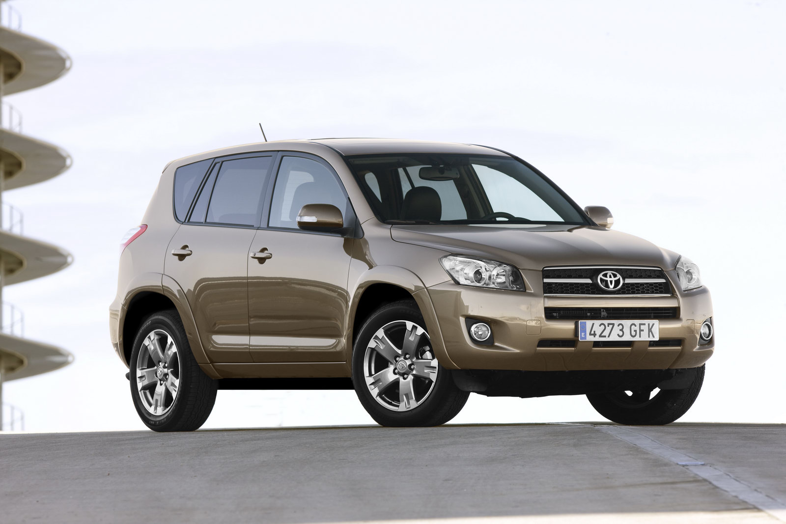 2011 Toyota Rav4 Facelift Features Photos Price