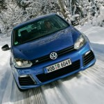 2011 Volkswagen Golf R (2)