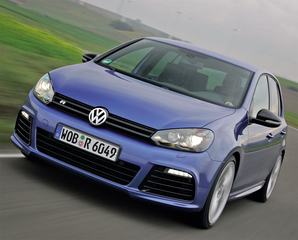 2011 Volkswagen Golf R 41 2011 Volkswagen Golf R   Photos, Specifications, Reviews
