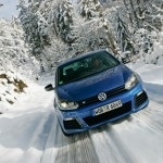 2011 Volkswagen Golf R (8)