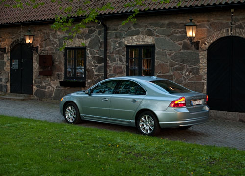 2011 Volvo S80 029 2011 Volvo S80   Photos, Features, Price