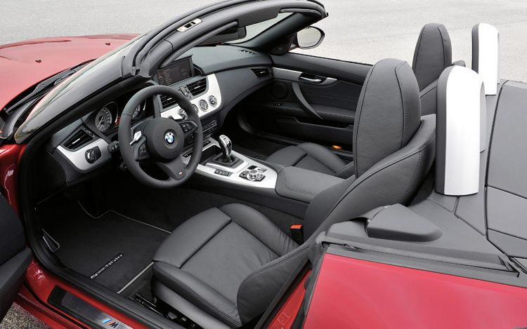 2011 bmw z4 sdrive35is cabin 2011 BMW Z4   Features, Photos, Reviews,Price