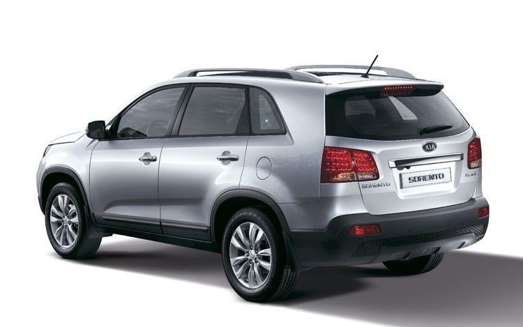 2011 Kia Sorento Suv Photos Price Specifications