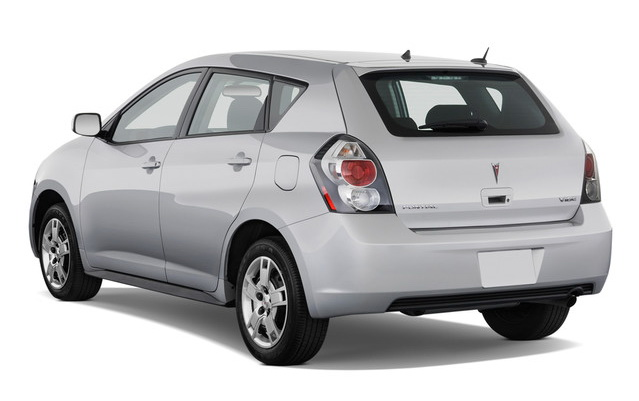 2011 pontiac vibe 2011 Pontiac Vibe   Features, Photos, Price