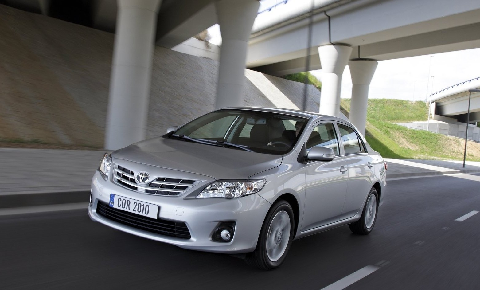 2011 toyota corolla 02 2011 Toyota Corolla   Reviews, Price, Photos, Specifications