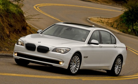 2011 bmw 7 series 3 2 cd gallery 2011 BMW 7 Series   Reviews, Specifications, Price, Photos