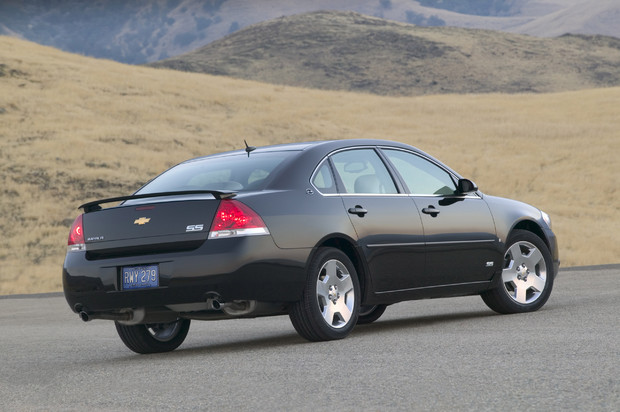 2011 Chevrolet Impala   Photos, Features, Price