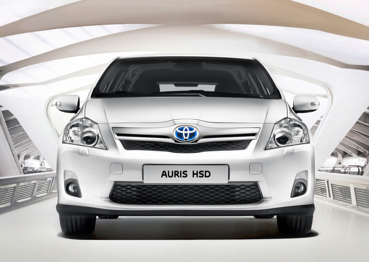 2011 toyota auris hsd images 003 2011 Toyota Auris HSD   Features, Photos, Price