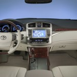 2011_toyota_avalon_interior