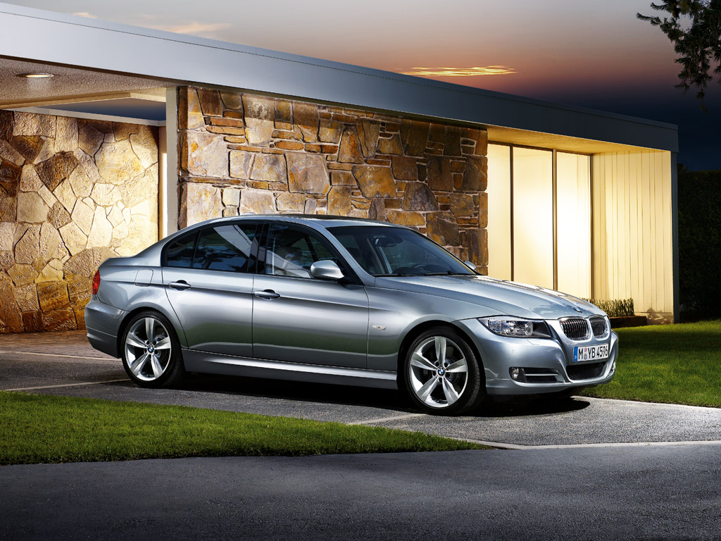 2012 BMW 3 2012 BMW 3 Series   Photos, Features, Price