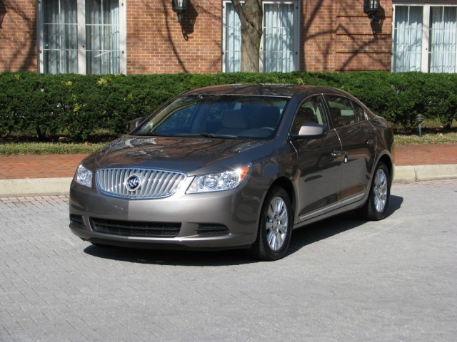 2012 buick lacrosse features photos. Black Bedroom Furniture Sets. Home Design Ideas