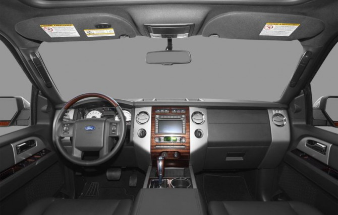 Ford Expedition 2011 Interior View 670x427 2011 Ford Expedition   Features, Reviews, Photos, Price