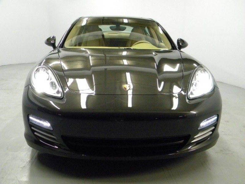 GA 800 2011 Porsche Panamera 4   Features, Price, Photos