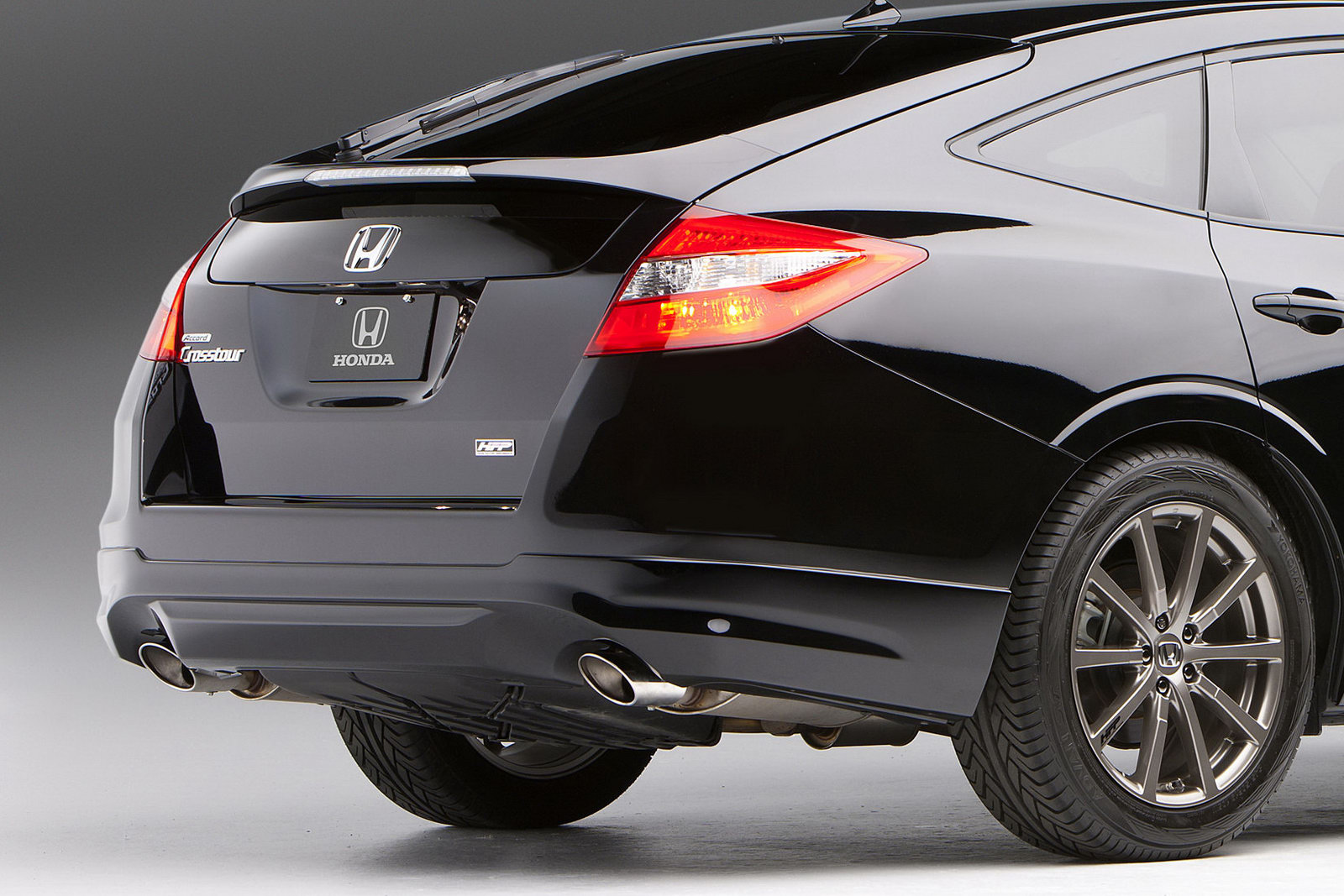 2011 Honda Accord Ex L V6 >> Honda shows Accord Crosstour HFP Concept and Accord Coupe