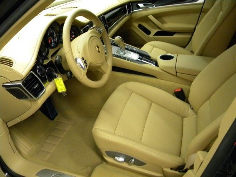 Mw 800 2011 Porsche Panamera 4   Features, Price, Photos